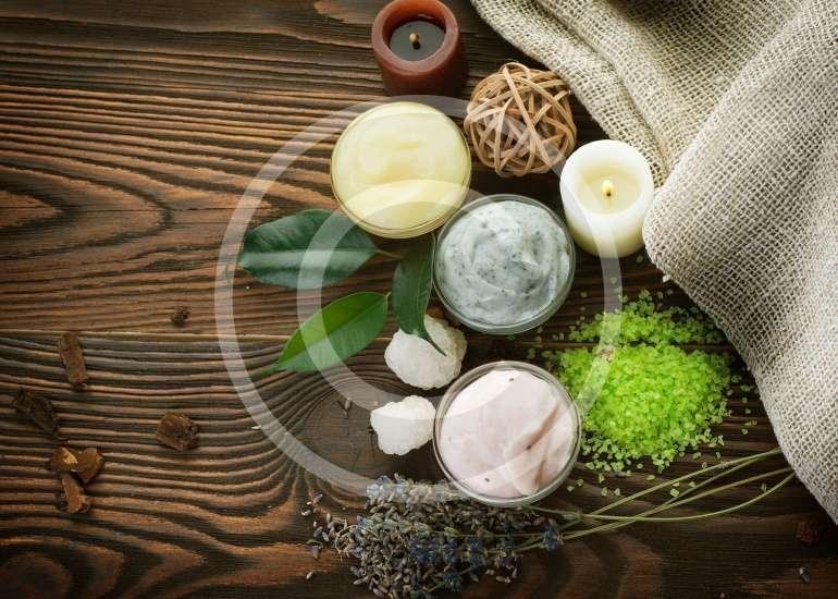 مشاكل الشعر: أنواع الشعر والمشاكل التي تواجهها وطرق العلاج